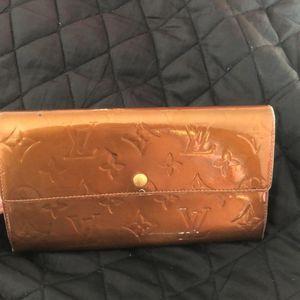 Louis Vuitton 路易·威登长款漆皮钱包