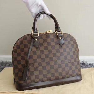 Louis Vuitton 路易·威登棋盘格贝壳包手提包
