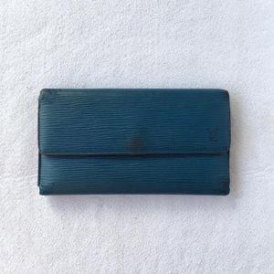 Louis Vuitton 路易·威登epi三折长款钱包