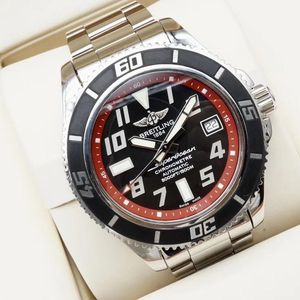 Breitling 百年灵超级海洋系列A1736402男士机械腕表