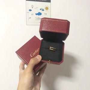 Cartier 卡地亚Juste un Clou系列钉子宽版戒指