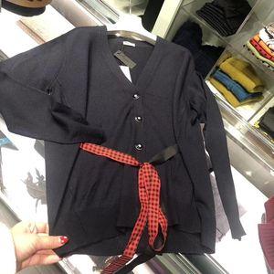 Miu Miu 缪缪女士休闲羊毛针织衫