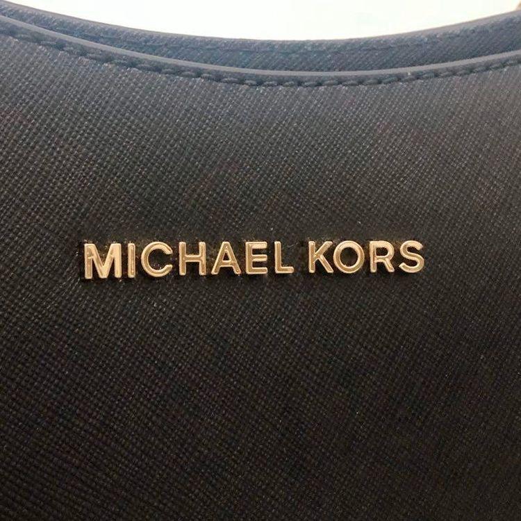 Michael kors 迈克.科尔斯黑色纯牛皮新款链条戴妃包