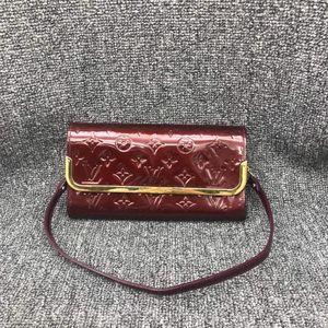 Louis Vuitton 路易·威登女士漆皮手提单肩包