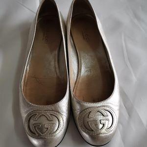 GUCCI 平底鞋