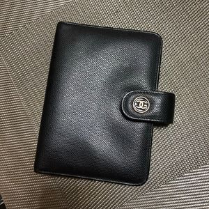 CHANEL 香奈儿手账护照夹卡包