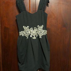 DOLCE&GABBANA 杜嘉班纳黑色刺绣钉珠宽吊带连衣裙