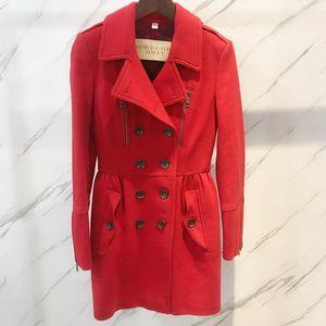Burberry 博柏利红色羊绒风衣