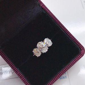 钻石  2.11克拉钻戒