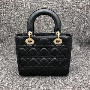 Dior 迪奥黑色戴妃四格徽章包女士手提包