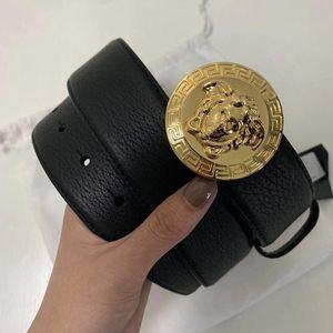 Versace 范思哲圆头男士荔枝纹腰带