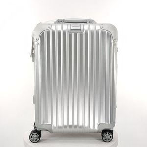 RIMOWA 日默瓦银色20寸旅行箱