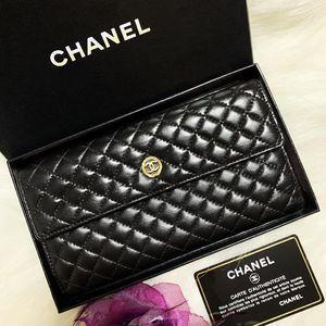 CHANEL 香奈儿徽章限量款黑金菱格纹双面长款钱包