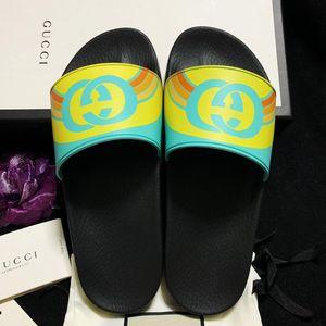 GUCCI 古驰限量款双G马卡龙彩虹配色凉拖鞋