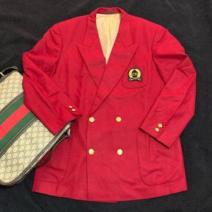 Dior 迪奥限量款酒红色金扣徽章版双排扣男士西服