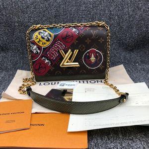 Louis Vuitton 路易·威登印花TWIST中号手袋