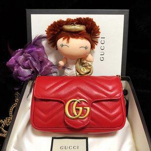 GUCCI 古驰中国红mini marmont金扣链条单肩斜挎包