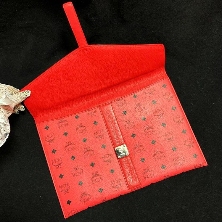 MCM 西瓜红满天星logo全皮信封款大号手包