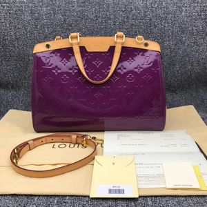 Louis Vuitton 路易·威登漆皮紫色brea女士单肩手提医生包