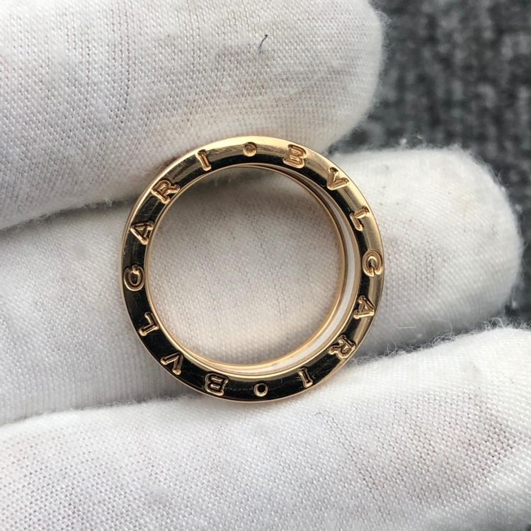 BVLGARI 宝格丽白陶瓷三环戒指戒圈58号