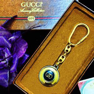 GUCCI 古驰限量款全包金珐琅彩双G元宝钥匙扣