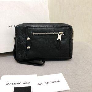 Balenciaga 巴黎世家黑色羊皮手包