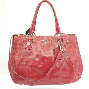 PRADA 普拉达经典红色漆皮手提包