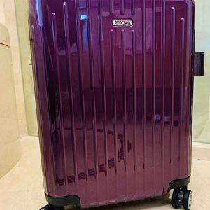 RIMOWA 日默瓦旅行箱