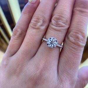 钻石  钻石女士钻石戒指