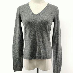 MaxMara 麦丝玛拉灰色V领针织衫
