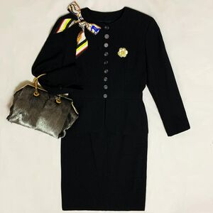 Dior 迪奥高定款立体浮雕纹羊毛荷叶摆西服+半裙套装