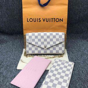Louis Vuitton 路易·威登白棋盘三合一链条包