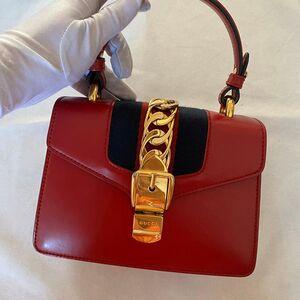 GUCCI Sylvie小号红色手提包