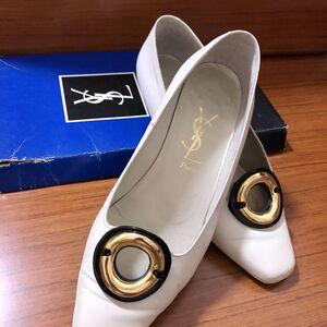 Yves Saint Laurent伊夫·圣罗兰女士金扣平底鞋