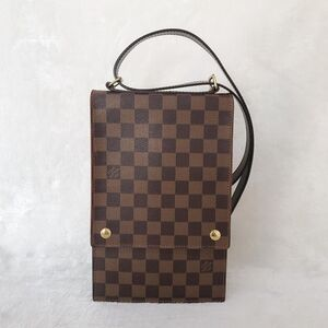 Louis Vuitton腰包/胸包