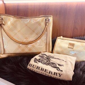 Burberry博柏利度假休闲大包