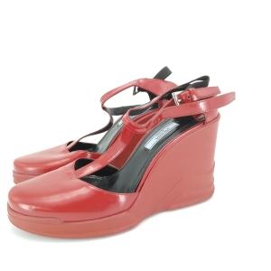 PRADA 普拉达红色高跟鞋