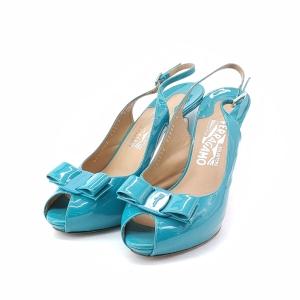 Ferragamo 菲拉格慕湖蓝色漆皮高跟鞋