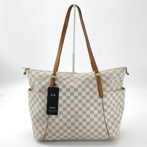 Louis Vuitton 路易·威登白棋盘格手提包