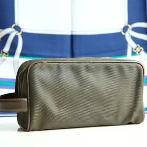 Louis Vuitton SN08101深绿大号帆布手拿包