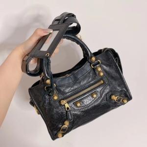 Balenciaga巴黎世家黑色手提包