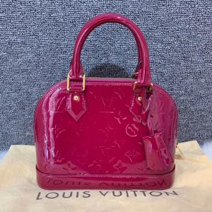 Louis Vuitton路易·威登lv alma b漆皮贝壳包