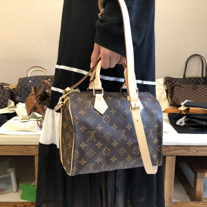 Louis Vuitton女士手提包