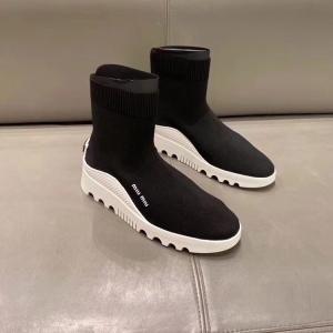 Miu Miu女士靴子