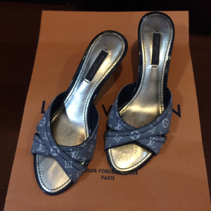 Louis Vuitton路易·威登女士高跟鞋