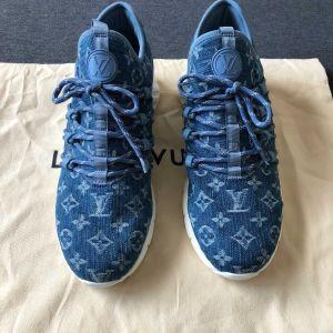 Louis Vuitton男士限量款牛仔蓝运动鞋休闲鞋