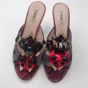 Miu Miu女士凉鞋