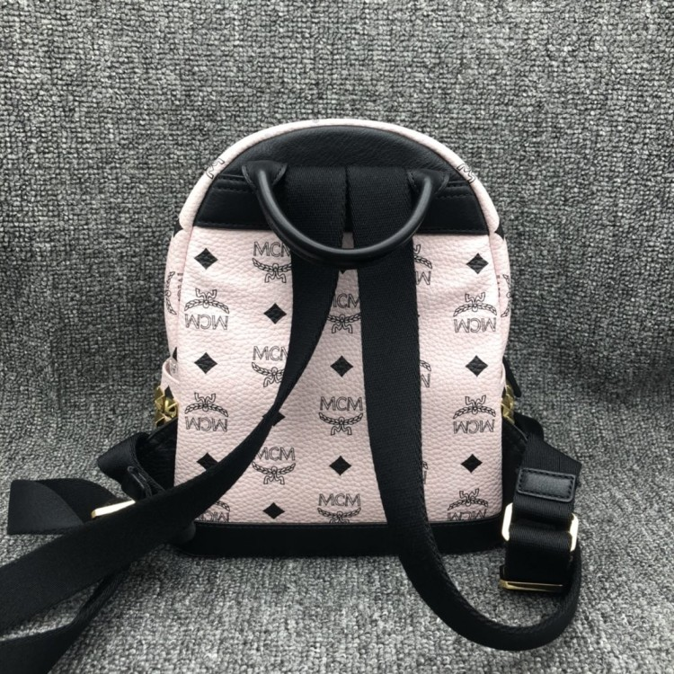 MCM 小号粉色铆钉双肩包
