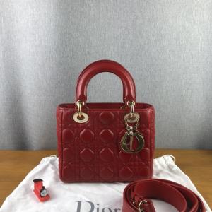 DIOR 迪奥戴妃My Lady Dior四格徽章红色小羊皮手提包
