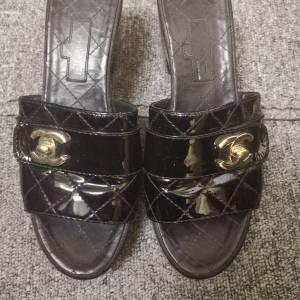 CHANEL香奈儿女士凉拖鞋37.5